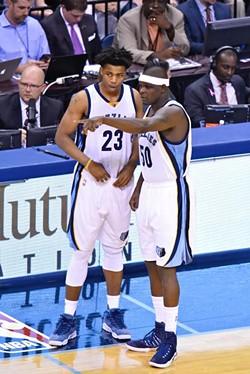 Z-Bo telling Deyonta Davis which guy he's about to pummel - LARRY KUZNIEWSKI