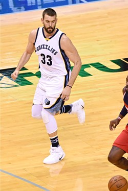 Marc Gasol's minutes restriction didn't stop him from winning the game with 3-point shooting. - LARRY KUZNIEWSKI