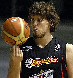 Marc Gasol was drafted in the second round. I don't have pictures of the new guys yet.