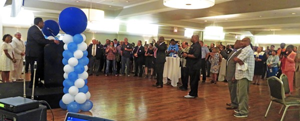 Candidate Bonner addresses his large crowd at the Racquet Club. - JB