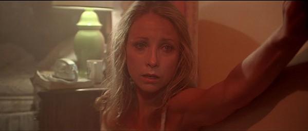 Terri Garr as Ronnie Neary.