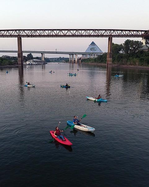 Kayaking on the Mississippi - MEMPHIS RIVER PARKS PARTNERSHIP