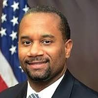 Stanton to Step Down as U.S. Attorney