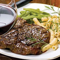 The Magic Pairing of Red Wine and Red Meat
