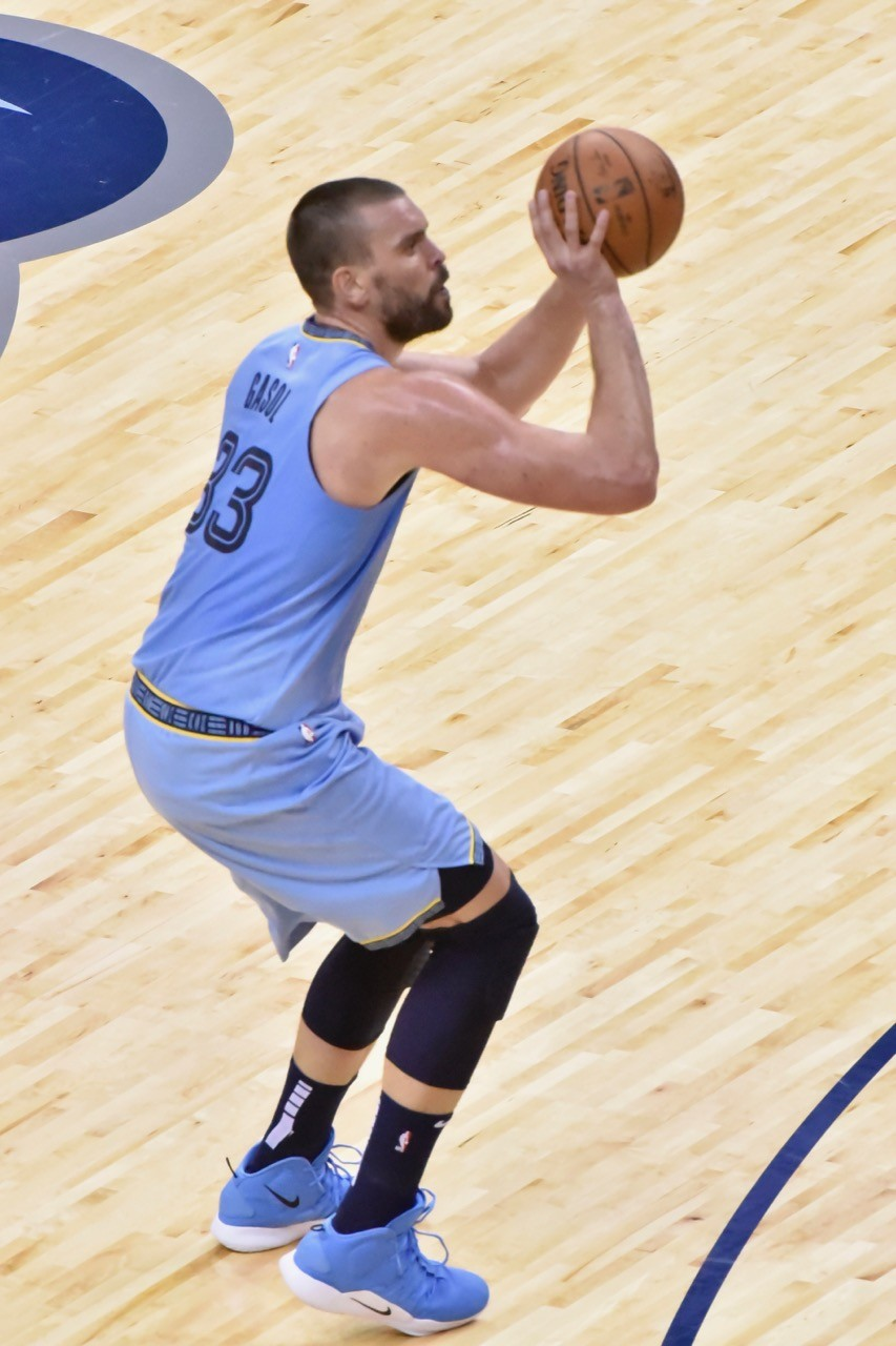 f08080259 Conley and Gasol s Possible Farewell Brings Mixed Emotions