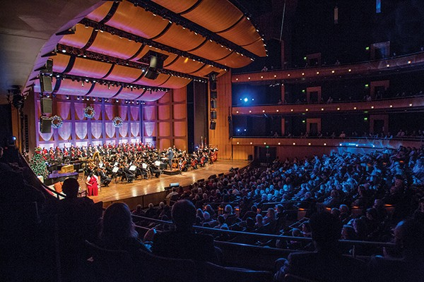 Full symphony, chorus, and audience from the Holiday Pops show - COURTESY OF MEMPHIS SYMPHONY ORCHESTRA