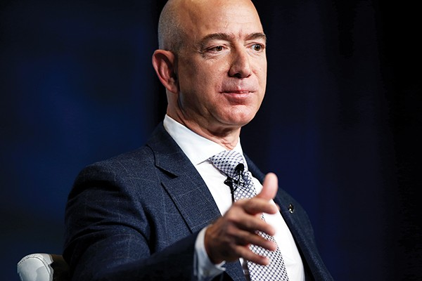 Jeff Bezos - REUTERS/JOSHUA ROBERTS