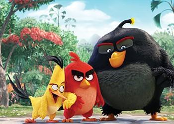 <i>The Angry Birds Movie</i>