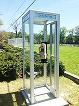 9f135a95_phone-small.jpg