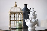 HANNAH SAYLE - Vases and other home furnishings from beeTemps