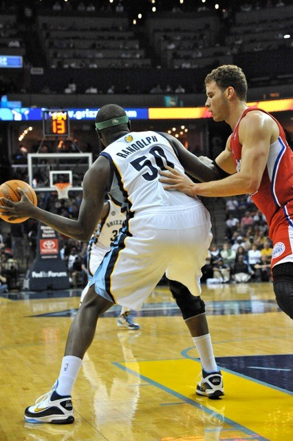 Zach Randolph and Blake Griffin battled to a draw. Or close enough for the Grizzlies.