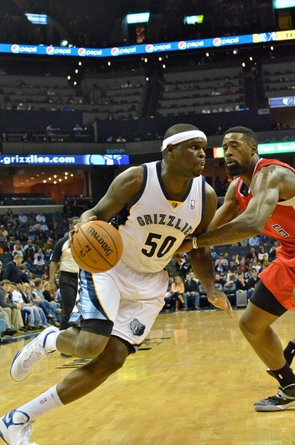 Zach Randolph had a tough time while guarded by DeAndre Jordan Thursday night.
