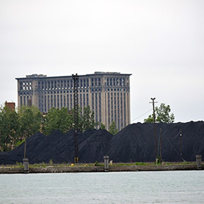 Take our photo tour of the petcoke pile.