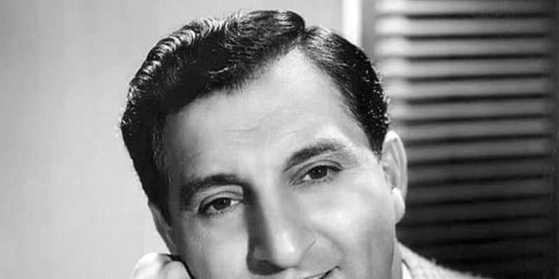 Danny Thomas Best known for: Make Room For Daddy (aka The Danny Thomas Show) Born in Deerfield in 1912. Thomas died in '91.