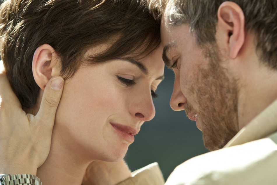Do we even care about us? Anne Hathaway and Jim - Sturgess in One Day