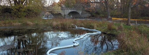 Enbridge Spill remaining below Ceresco Dam near Kalamazoo