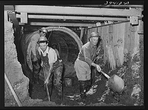 Excavating work for sewage disposal plant in San Diego under the Works Projects Administration in 1941. - COURTESY LIBRARY OF CONGRESS