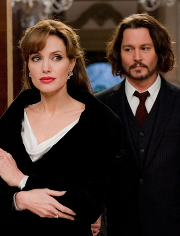 Jolie and Depp in The Tourist.