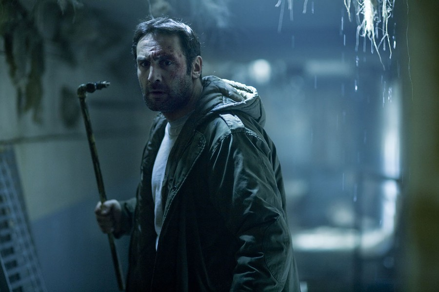 Just an ordinary dude: Gilles Lellouche in Point - Blank