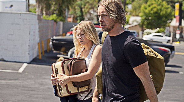 Kristen Bell and Dax Shepard may have chemistry in real life. On the screen ... nah.