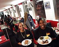 Mo' Beans and Cornbread: A Soulful Diner - METRO TIMES PHOTO / LARRY KAPLAN