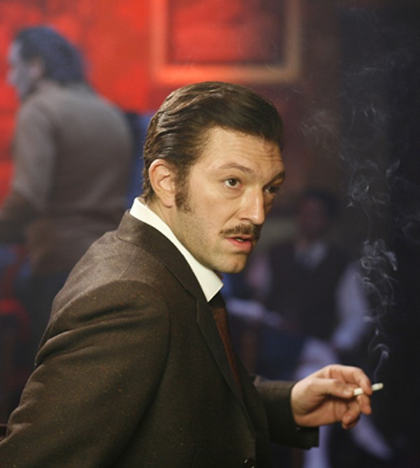 "Mobster Mesrine: ""It's true, chicks dig me."""