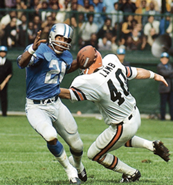 NFL Hall of Fame defensive back Lem Barney played seven of his 11 Thanksgiving Day games for the Lions at Tiger Stadium. - THUZIO.COM