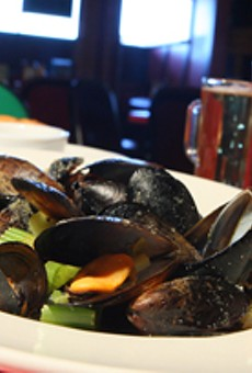 Pub-style mussels, a sample sized beer, and a Bloody Mary