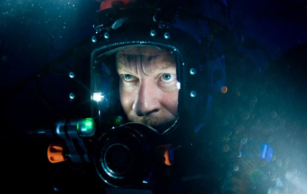 Sanctum: There's no life in a James Cameron black hole