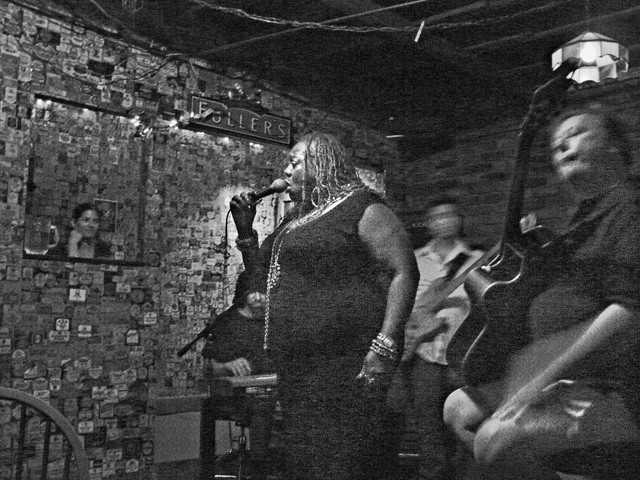 Thornetta sits in with the band at Ye Olde Tap Room. Always ready to join in, she's the anti-diva.