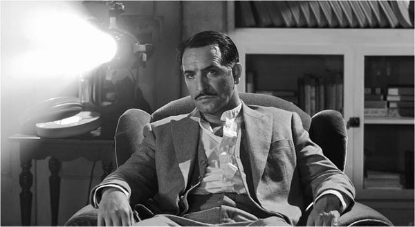 Toast of old Tinseltown: Jean Dujardin in The - Artist.