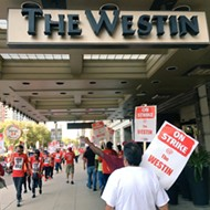 Union calls out Foo Fighters for crossing hotel picket line during Detroit stop