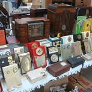 The Vintage Electronics Expo is still kicking it old-school