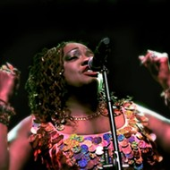 Thornetta Davis has gotta sing the blues