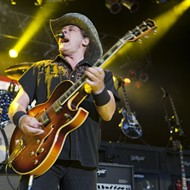 Detroit News editor apologizes after reporting satirical story about Ted Nugent and Kid Rock as fact