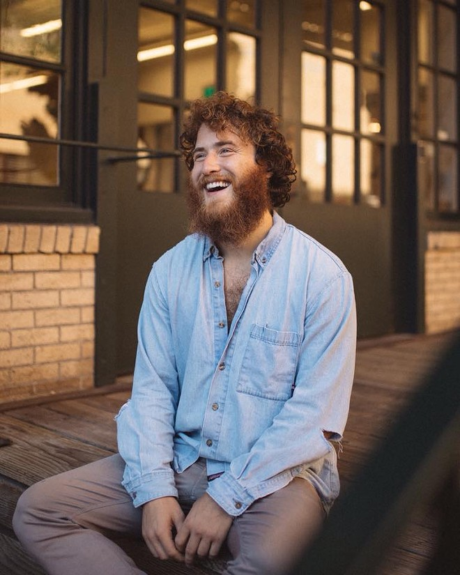 Mike Posner will play the Detroit Lion's Thanksgiving halftime show - G