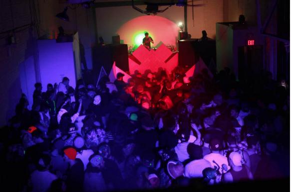 Tangent Gallery event - EATON BLUMENSTEIN