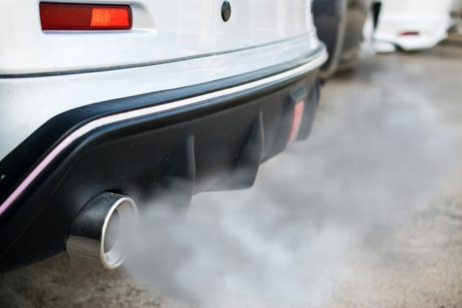 Tailpipe pollution hurts air quality and has been linked to higher rates of asthma and premature death. - OLANDO/ADOBESTOCK