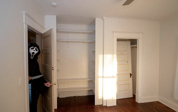 Look at that built-in! - JAMES PYLE / GREATER LANSING ASSOCIATION OF REALTORS