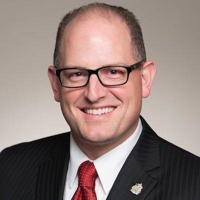 Windsor Mayor Drew Dilkens even has Clark Kent glasses. (Alas, no wavy curl on his forehead.) - TWITTER.COM