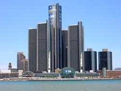 headquarters_of_gm_in_detroit_2.jpg
