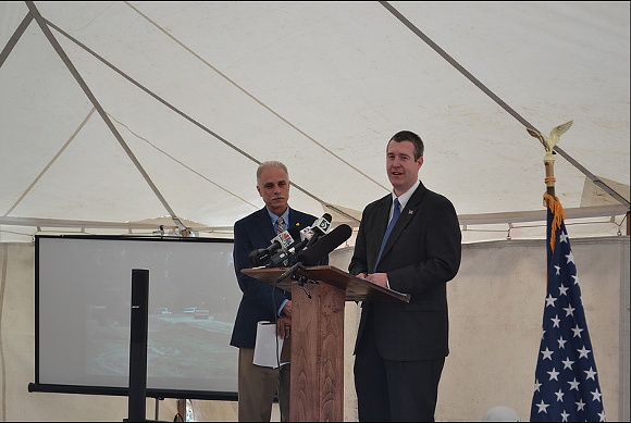 Jeff Wright (left) and Mayor Dayne Walling (center) at an event celebrating the beginning of construction on the KWA pipeline.