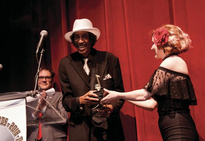 Melvin Davis accepts an award at the 2018 Detroit Music Awards. - LUIS G.