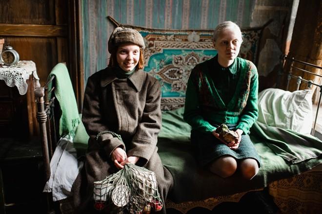 Vasilisa Perelygina, left, and Viktoria Miroshnichenko in Beanpole. - LIANA MUKHAMEDZYANOVA/KINO LORBER