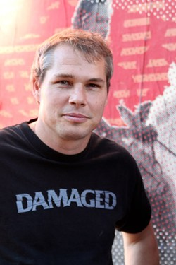 HUMAN FEDORA SHEPARD FAIREY | PHOTO/WIKIPEDIA