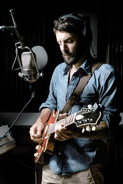RAY LAMONTAGNE | PHOTO/BRIAN STOWELL