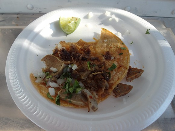Taco de lengua - PHOTO BY SERENA MARIA DANIELS