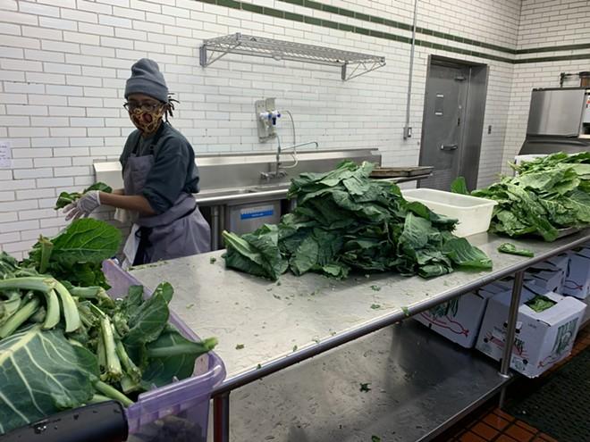 Chef Le'Genevieve Squires prepares holiday meals at Marygrove College. - MAKE FOOD NOT WASTE