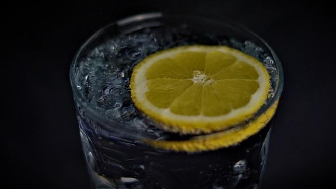 lemon_water_clevescene.jpg