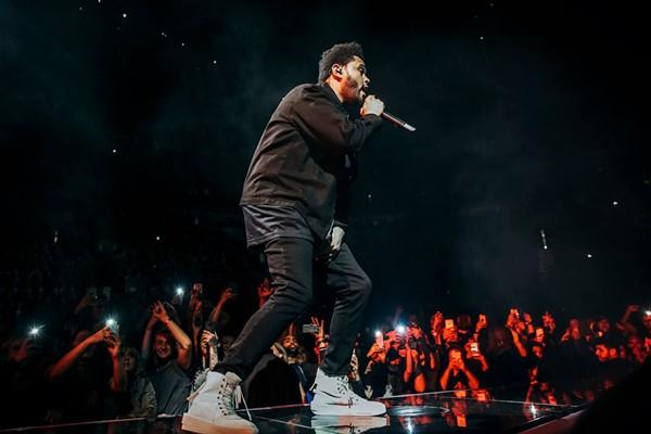 The Weeknd. - FACEBOOK.